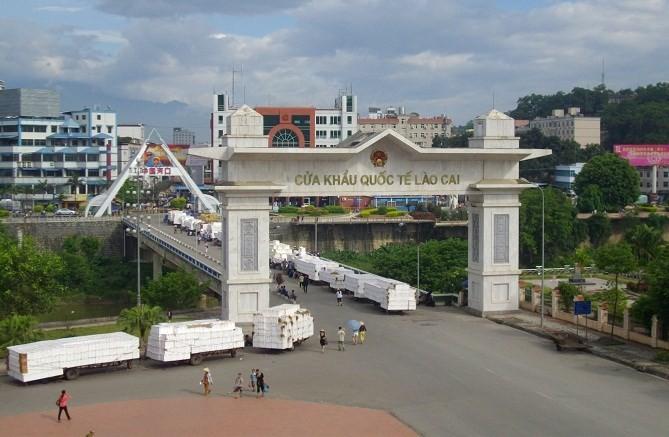 Gần 11 tỷ USD hàng hóa từ Trung Quốc nhập về Việt Nam