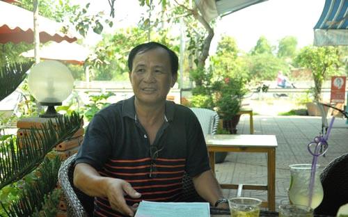 """Ông Nguyễn Văn Tấn, chủ quán """"Xin Chào"""" bị Công an huyện Bình Chánh khởi tố do chậm làm đăng ký kinh doanh - Ảnh: Lê Phong"""
