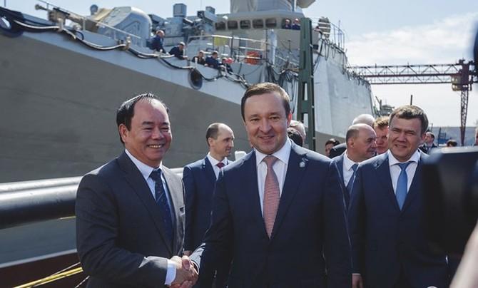 Chùm ảnh và clip tàu Gepard thứ 3 của Việt Nam hạ thuỷ ở Nga - ảnh 5