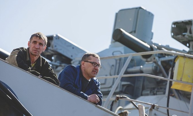 Chùm ảnh và clip tàu Gepard thứ 3 của Việt Nam hạ thuỷ ở Nga - ảnh 11