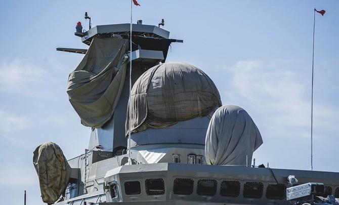 Chùm ảnh và clip tàu Gepard thứ 3 của Việt Nam hạ thuỷ ở Nga - ảnh 9