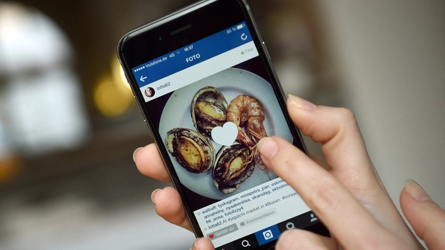 Instagram giờ đây đã lớn mạnh tới nỗi nhiều người dùng giảm tần suất sử dụng Facebook để sử dụng ứng dụng chia sẻ ảnh này.