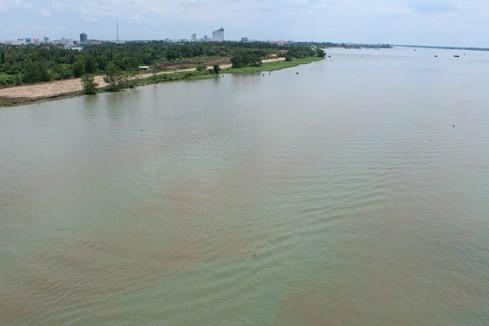 Sông Hậu trong xanh... hiểm hoạ phía sau 7