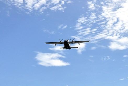 Cận cảnh máy bay tuần thám CASA vừa chìm gần đảo Bạch Long Vỹ - ảnh 17