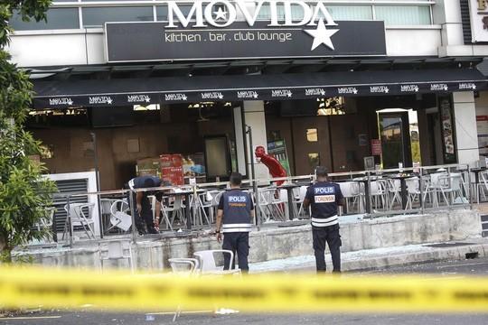 Malaysia lần đầu tiên bị hứng chịu đòn tấn công của IS. Ảnh: AP