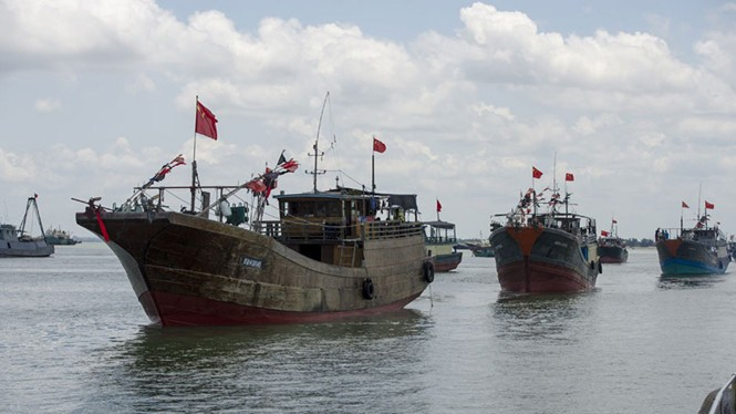 Tàu cá Trung Quốc, Đài Loan đổ xuống Trường Sa - ảnh 2
