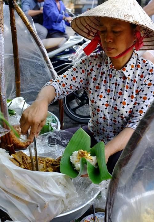 Những gánh xôi xuyên thế kỷ ở Sài Gòn - ảnh 2
