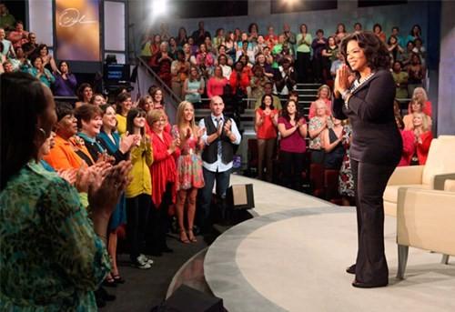 Oprah Winfrey trong một chương trình Oprah Winfrey Network doanhnhansaigon