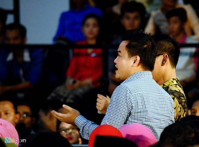 'Bat tay Tong thong Obama la co hoi co mot khong hai' hinh anh 1