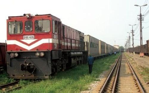 Phê bình một loạt lãnh đạo đường sắt vì mua tàu Trung Quốc cũ