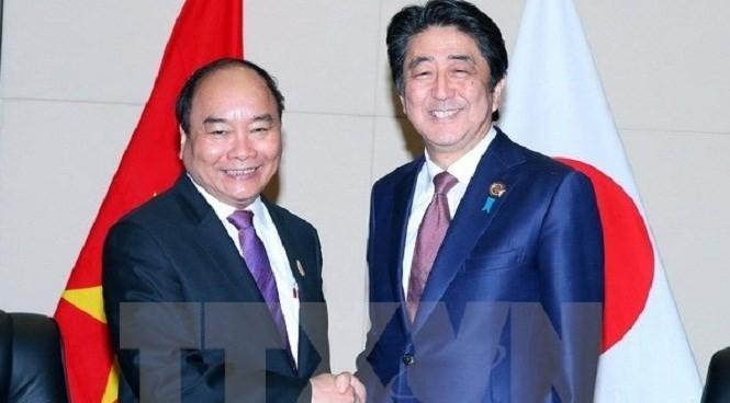 Thủ tướng Nguyễn Xuân Phúc nêu vấn đề Biển Đông với Thủ tướng Nhật Bản và New Zealand