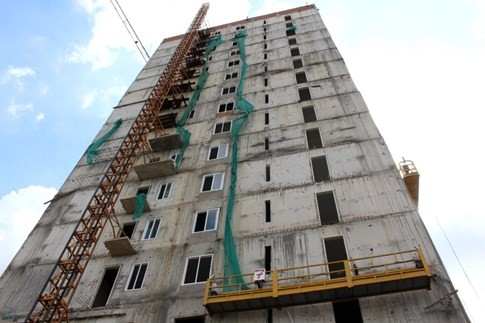 Đứt cáp vận thăng do Trung Quốc sản xuất ở công trình cao 16 tầng, 1 người chết - ảnh 1