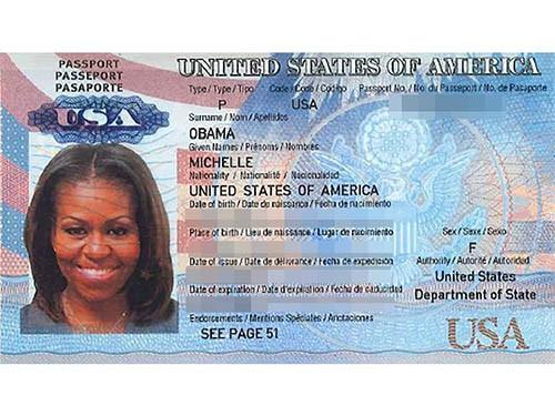 Bức ảnh được cho là chụp hộ chiếu của đệ nhất phu nhân Mỹ, bà Michelle Obama. Ảnh: AP