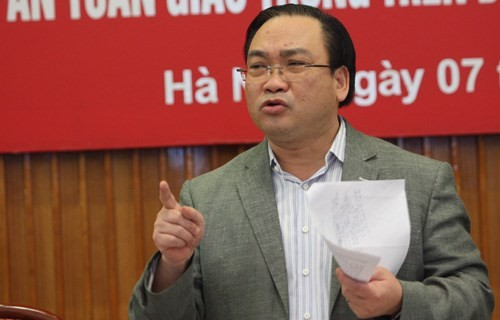 Bí thư Hà Nội: Kiểm soát phương tiện cá nhân cả xe máy và ôtô