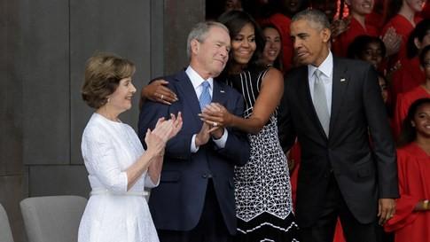 Đệ nhất phu nhân Michelle Obama: 'Chúng ta cần một người lớn trong Nhà Trắng' - ảnh 2