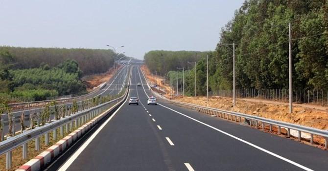 Làm 1.372 km đường cao tốc Bắc - Nam: Cần trình Quốc hội xem xét
