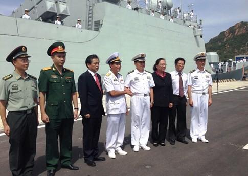 Tàu Hải quân Trung Quốc thăm Cảng quốc tế Cam Ranh 3