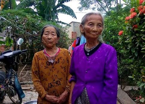 Tiền hàng cứu trợ mưa lũ miền Trung bị thôn thu lại, dân bức xúc - ảnh 3