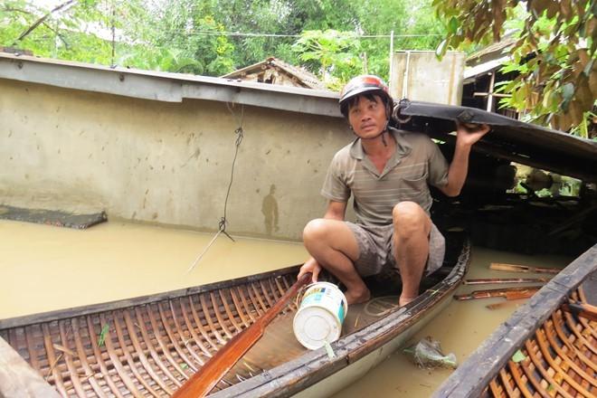 Lu ngap xe khach o Phu Yen hinh anh 2