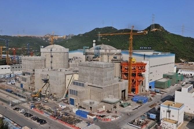 Điện hạt nhân Trung Quốc sát biên giới Việt Nam đi vào hoạt động