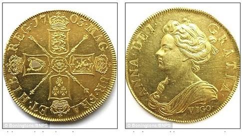 Hai mặt của đồng xu trị giá hơn 7 tỉ đồng được in hình đặc biệt - Ảnh chụp màn hình Daily Mail