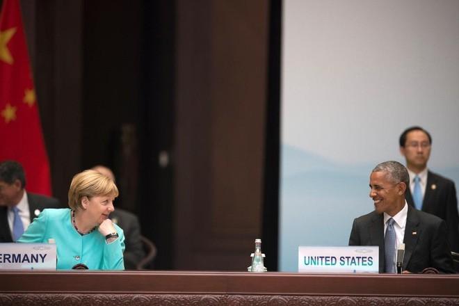 Ông Obama và bà Merkel trò chuyện trong lễ khai mạc thượng đỉnh G-20 ở Hàng Châu, Trung Quốc, ngày 4/9/2016 - Ảnh: Reuters.