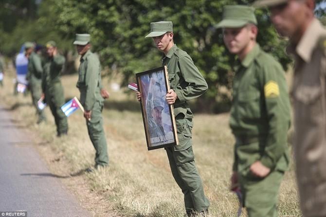 Hanh trinh cuoi cung cua lanh tu Fidel Castro ve noi an nghi hinh anh 11