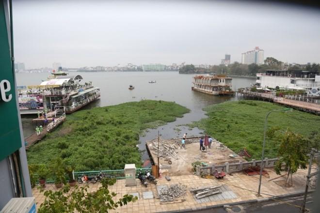 Hà Nội cưỡng chế dỡ bỏ du thuyền, nhà nổi ở hồ Tây