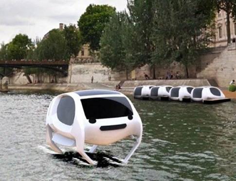 Taxi bay trên mặt nước