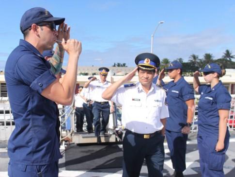 Tàu tuần duyên Mỹ làm lễ giải ngũ, sắp bàn giao cho Việt Nam - ảnh 2