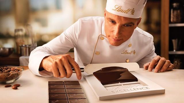 Một chuyên gia đầu ngành về sô-cô-la có thể kiếm được cho mình từ 90.000 đến 100.000 USD mỗi năm.