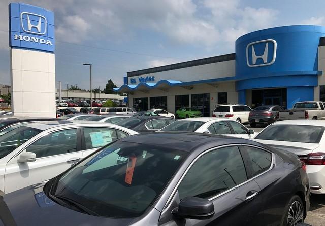 Thị trường ô tô Mỹ 2017: Khởi đầu của sự lao dốc? - Ảnh 3.