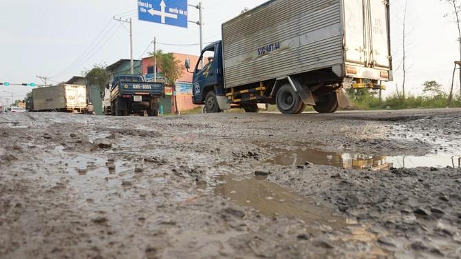 đường xuống cấp,đường Sài Gòn hư hỏng,đường hỏng vì không có xe chạy,Bùi Xuân Cường,giám đốc Sở GTVT TPHCM