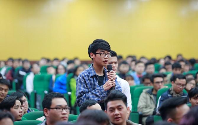 """anh3_hdqo Chủ tịch FLC: """"Đủ khả năng 'nuôi' mình thì mới nên nghĩ đến khởi nghiệp"""""""