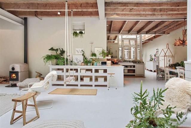 Ngôi nhà trắng đẹp như tranh vẽ với những góc nhà lung linh chẳng khác gì studio - Ảnh 12.