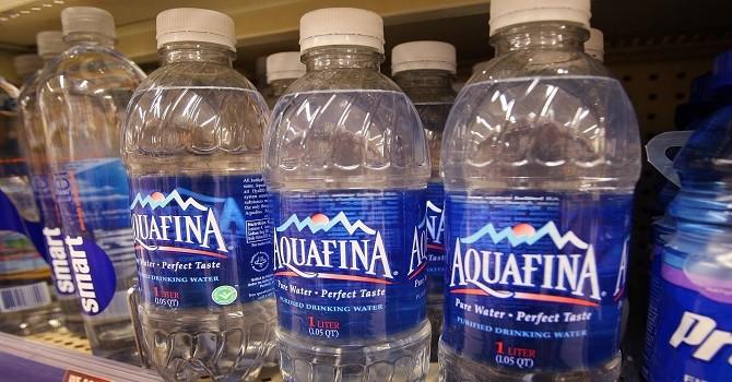 Doanh nghiệp 24h: Aquafina và những scandal tai tiếng