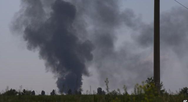 """Mỹ: Phiến quân Ukraine có """"vũ khí tiên tiến, hỗ trợ bên ngoài"""""""