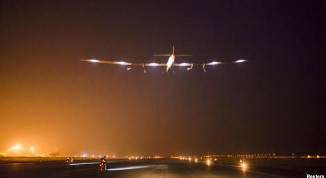 Thụy Sĩ thử nghiệm thành công máy bay năng lượng mặt trời