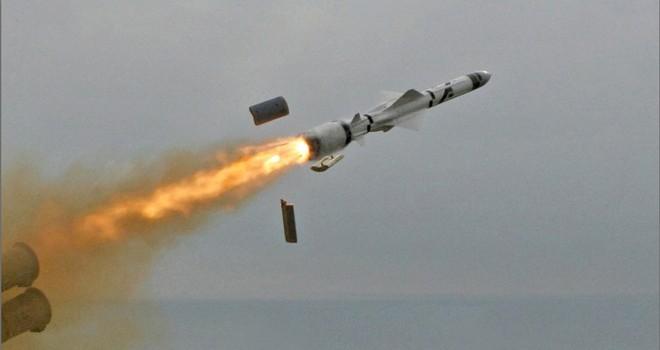 """Tên lửa hành trình chống hạm của Nga """"săn mồi"""" thế nào?"""