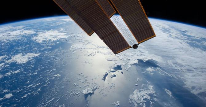 """Nga tố """"có kẻ"""" do thám nhóm vệ tinh để theo dõi Moscow"""