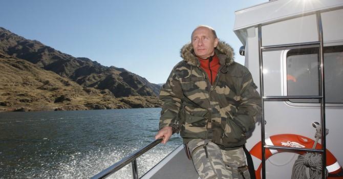 """Điện Kremlin: """"Ông Putin được tôn trọng trên thế giới là điều hiển nhiên"""""""