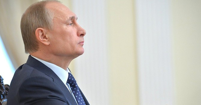 """Ông Putin: """"Moscow không uốn lượn, nhảy múa theo sáo lệnh của ai"""""""