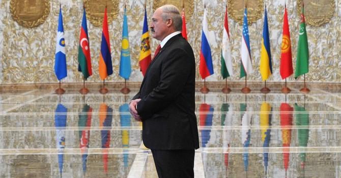 Điện Kremlin lên tiếng sau khi ông Lukashenko nói không dự lễ duyệt binh ở Moscow