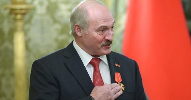 "Ông Lukashenko: ""Belarus sẽ vai kề vai với Nga"""