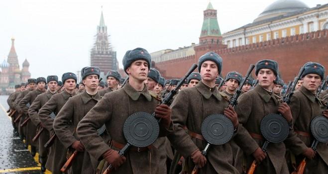 Vì sao Thủ tướng Nhật Abe không đến Moscow dự lễ duyệt binh?