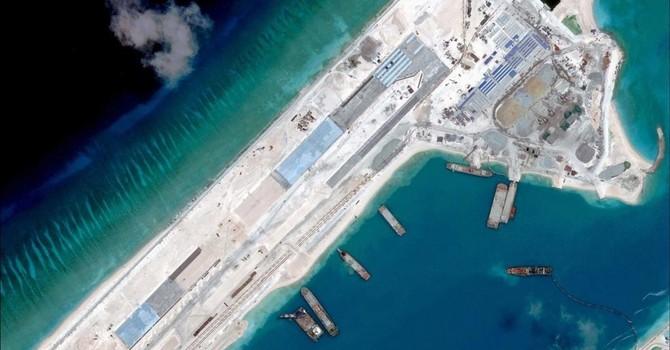 """Trung Quốc """"hù dọa"""" máy bay quân sự Philippines ở Biển Đông"""