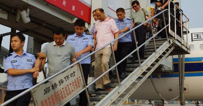 """Công an Trung Quốc tóm 150 """"cáo"""" tham nhũng"""