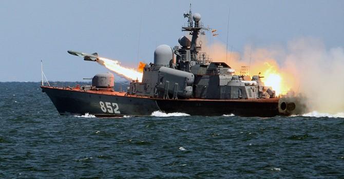 Ông Putin kêu gọi mở rộng thị trường xuất khẩu vũ khí Nga