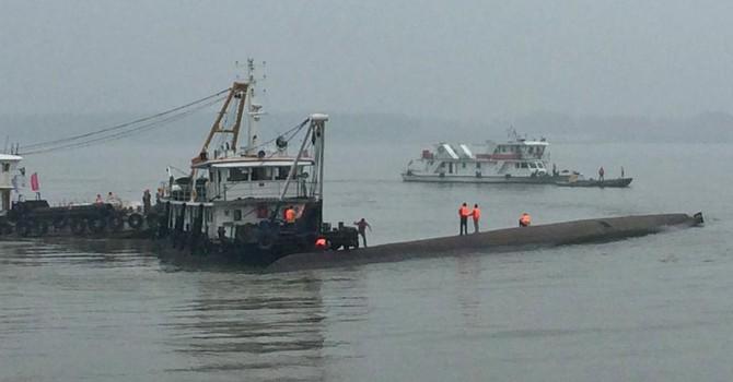 Trung Quốc: Nhiều người chết trong vụ đắm tàu trên sông Dương Tử