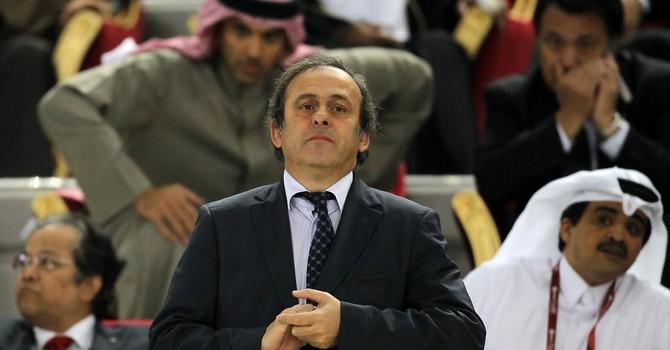 """""""Qatargate"""", cuộc chiến giữa Blatter và Platini"""